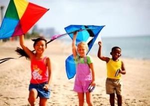 children-flying-kites