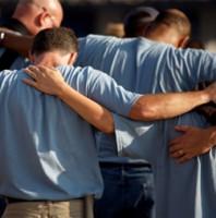 men-praying1